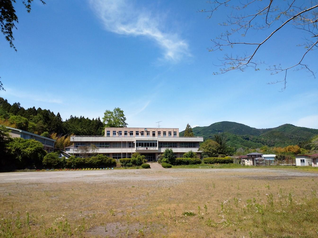旧松田小学校